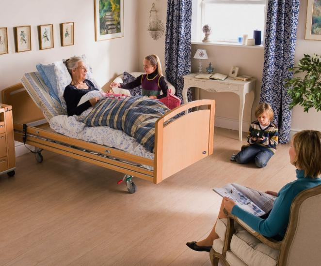 Invacare Edude bed